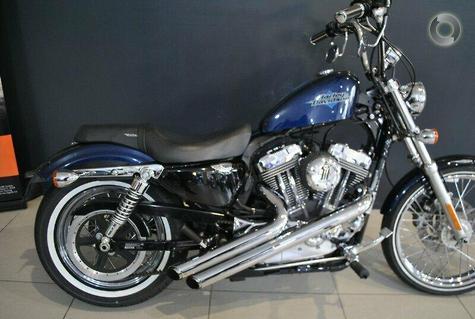 2013 Harley-Davidson Seventy-Two (XL1200V)