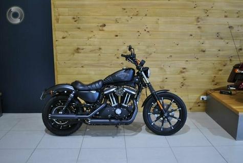 2016 Harley-Davidson Iron 883 (XL883N)