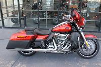 2018 Harley-Davidson CVO Street Glide 117 (FLHXSE)