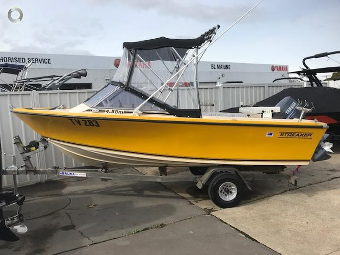 STREAKER 4.58 SPORTS RUNABOUT