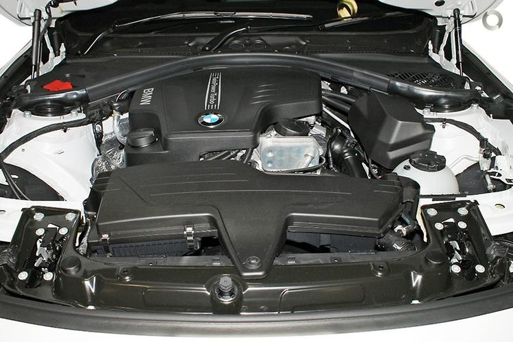 2014 BMW 3 Series 320i F30 Manual MY14