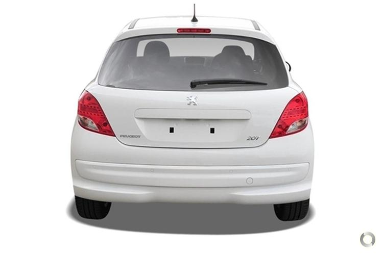 2011 Peugeot 207 Sportium Manual MY10