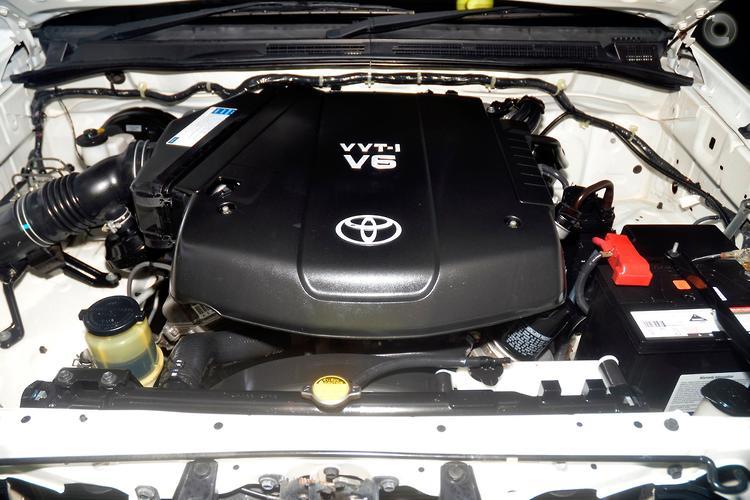 2012 Toyota Hilux SR Auto 4x2 MY12 Double Cab
