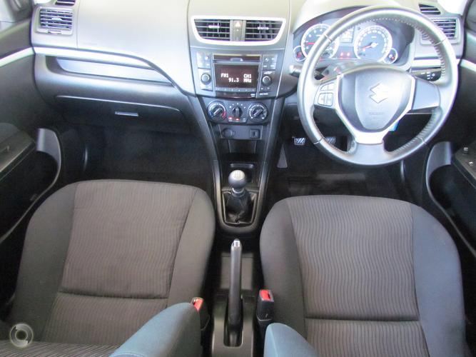 2011 Suzuki Swift GL Manual