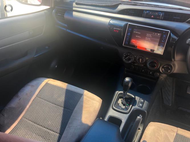 2016 Toyota Hilux SR Auto 4x4 Double Cab