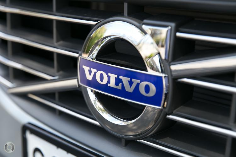 2016 Volvo V60 D4 Luxury Auto My16