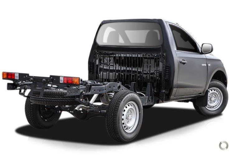 2017 Mitsubishi Triton GLX MQ Manual 4x4 MY17