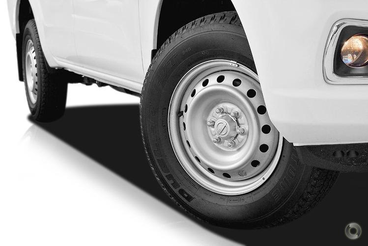 2016 Nissan Navara RX D23 Series 2 Auto 4x2 Dual Cab