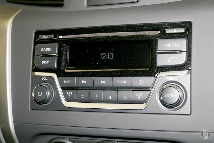 2018 Nissan Navara DX D23 Series 3 Manual 4x4
