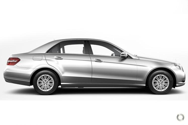 2010 Mercedes-Benz E250 CGI W212 Elegance Sports Automatic (Sep. 2009)
