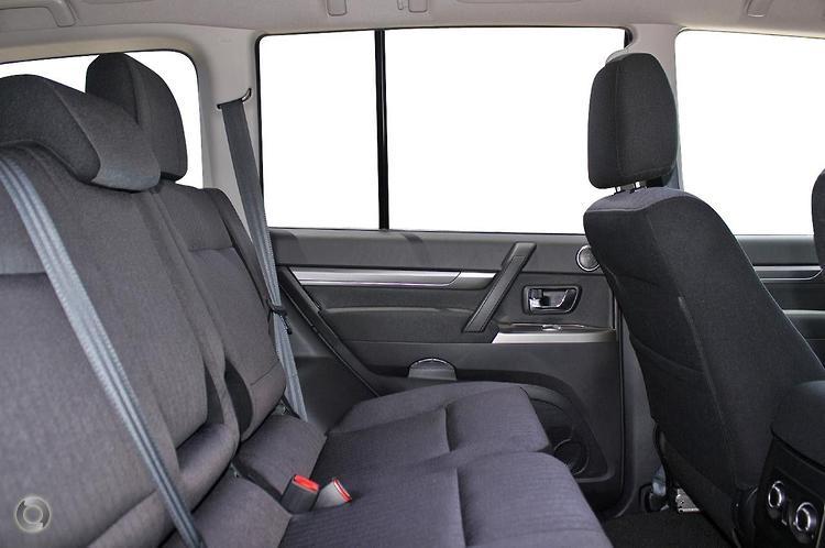 2012 Mitsubishi Pajero Platinum NW Manual 4x4 MY12