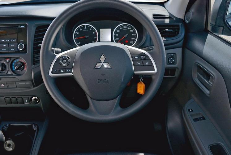 2016 Mitsubishi Triton GLX MQ Manual 4x4 MY16