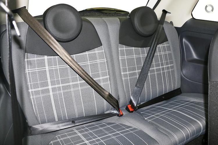 2017 Fiat 500 Lounge Auto