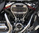 2019 Harley-Davidson CVO Street Glide 117 (FLHXSE)
