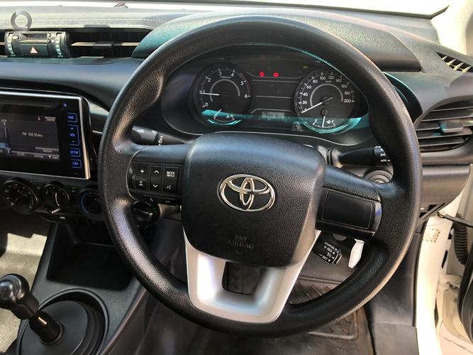 2015 Toyota Hilux Workmate Manual 4x4
