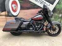 2019 Harley-Davidson CVO Street Glide 117 (FLHXSE) MY20
