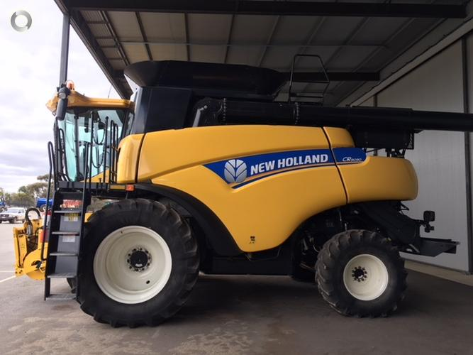 2013 New Holland CR9090