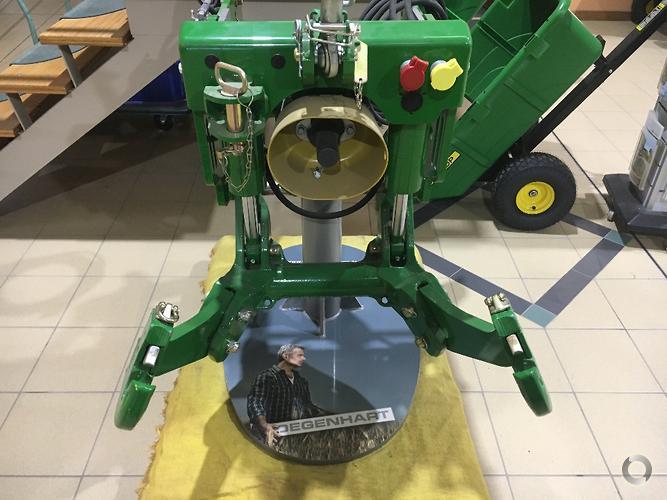 Degenhart 6000 Series Tractor