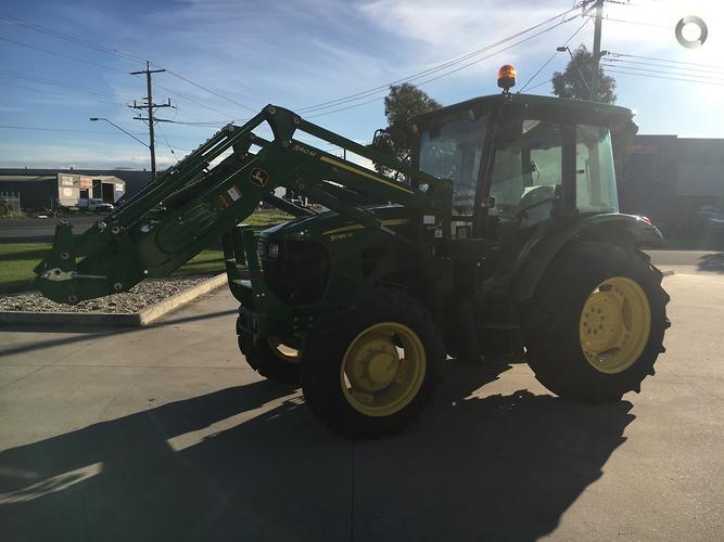 2018 John Deere 5085M