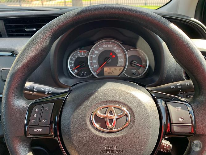 2017 Toyota Yaris Ascent Auto